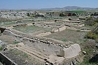 Kral Midas-800px-ruins-of-gordion-3.jpg