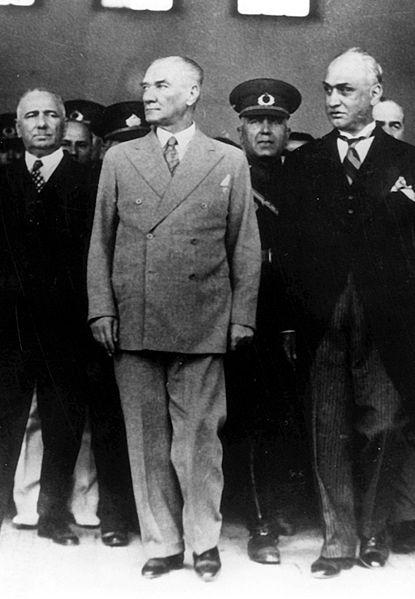 Ad:  Ataturk051938.jpg Gösterim: 1419 Boyut:  38.5 KB