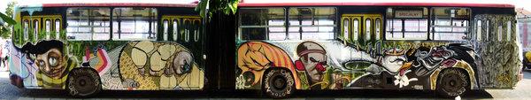 Ad:  graffiti_bus_by_esteo.jpg Gösterim: 168 Boyut:  37.6 KB