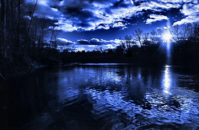 Ad:  Blue_River_by_aquapell.jpg Gösterim: 481 Boyut:  59.7 KB