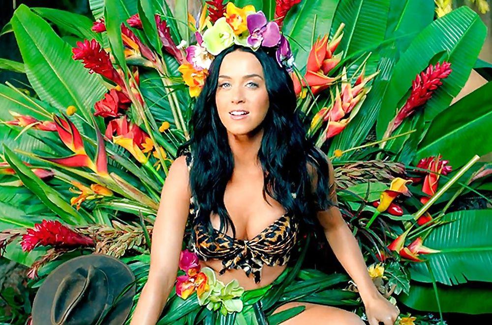 Ad:  Katy Perry4.jpg Gösterim: 289 Boyut:  166.8 KB