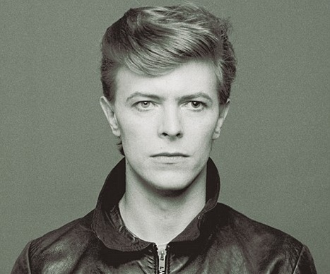 Ad:  David Bowie1.jpg G�sterim: 111 Boyut:  60.7 KB