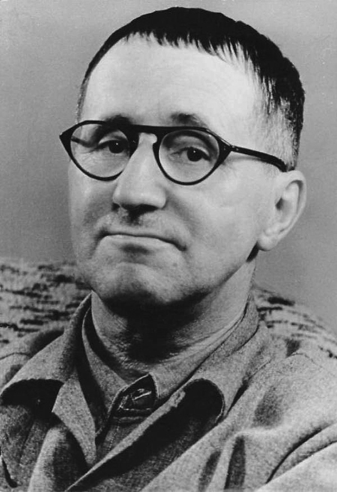Ad:  Bertolt Brecht.jpg Gösterim: 56 Boyut:  189.4 KB
