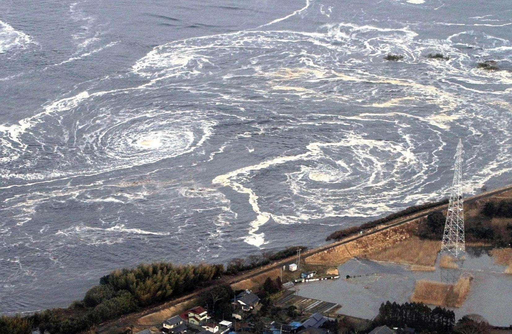 Ad:  tsunami6.jpg Gösterim: 438 Boyut:  331.9 KB