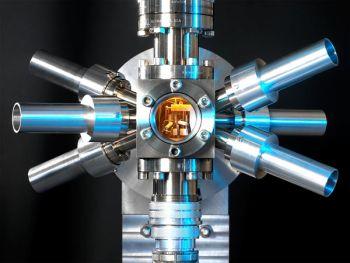 Ad:  atomsaat.jpg Gösterim: 1264 Boyut:  18.0 KB