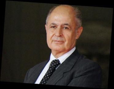 Ad:  Ahmet Necdet SEZER.jpg Gösterim: 142 Boyut:  10.7 KB