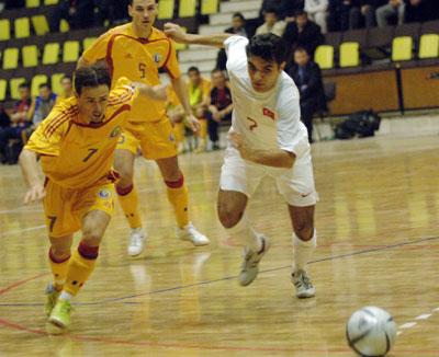 Ad:  Futsal Nedir-3.jpg G�sterim: 479 Boyut:  37.8 KB