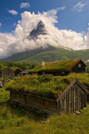 Ad:  grass-roofs-scandinavia-19-575fe6f8e4112__880.jpg Gösterim: 105 Boyut:  159.2 KB