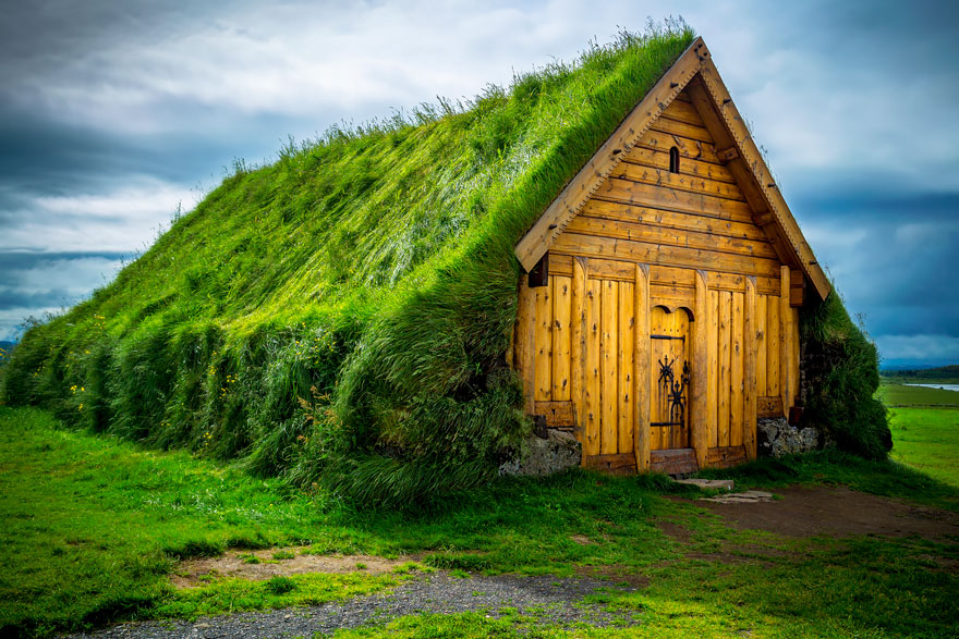 Ad:  grass-roofs-scandinavia-8-575fe6e17b20f__880.jpg Gösterim: 90 Boyut:  187.5 KB