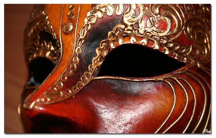 Ad:  masque.jpg G�sterim: 1883 Boyut:  64.6 KB