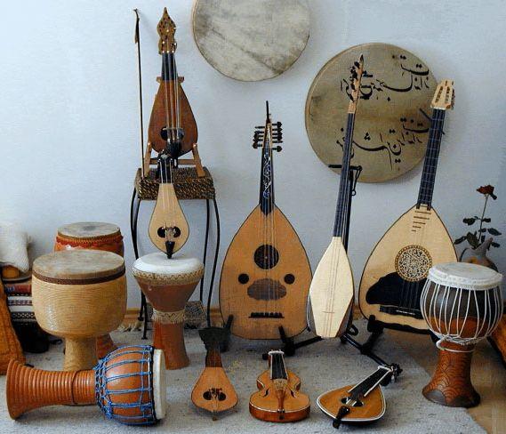 Ad:  Türk Halk Müziği Çalgıları-3.jpg Gösterim: 282 Boyut:  56.1 KB