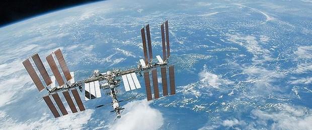 Ad:  japonyadan-uzay-istasyonuna-acil-ikmal-yardimi,H4CzFqEfI0CWQ-HTLh0l4w.jpg Gösterim: 11 Boyut:  63.3 KB