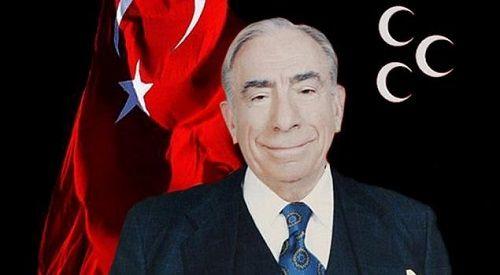 Ad:  Alparslan Türkeş3.JPG Gösterim: 322 Boyut:  17.6 KB