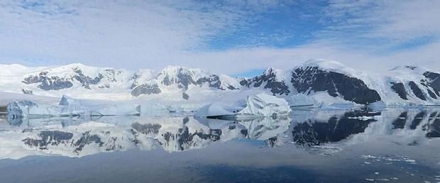 Ad:  antarktikada-devasa-kanyonlar-kesfedildi,AUZ4bcrp7EmjQRrDNuCZdA.jpg Gösterim: 146 Boyut:  41.0 KB