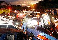 Kaza Yapan Ara� Resimleri-ilginc1.jpg
